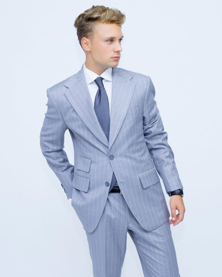 WHYTE BESPOKE Suits