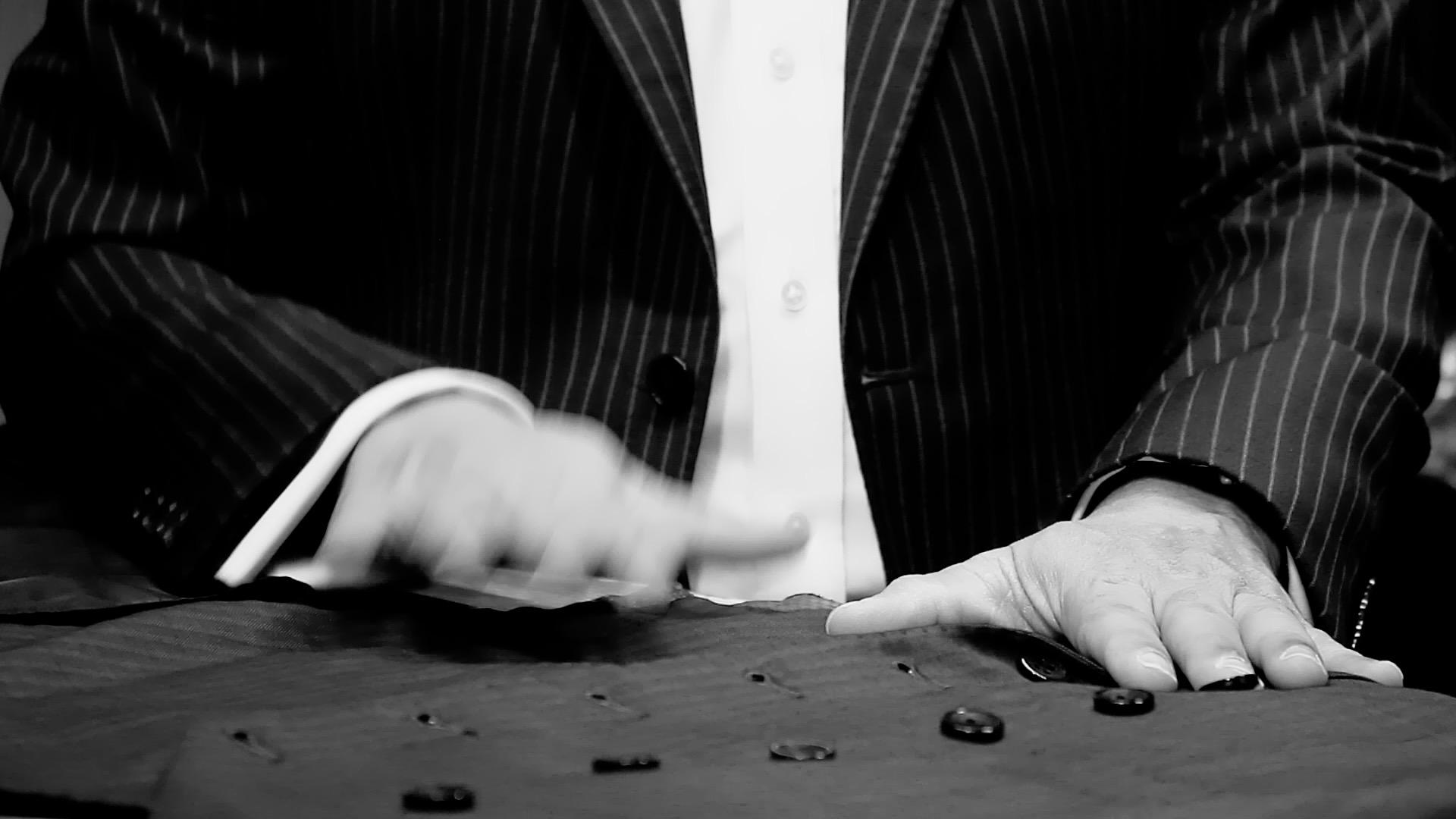 W couturier Bespoke Suits dubai